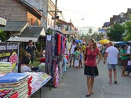 walking-street-maenam (1).jpg